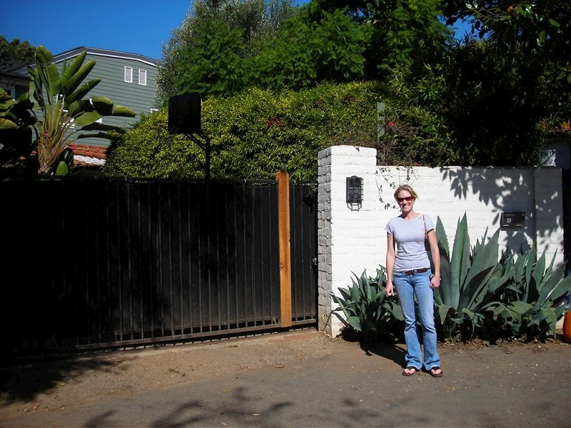 Marilyn Monroe House In Brentwood marilyn monroe's first, and last, home | iamnotastalker